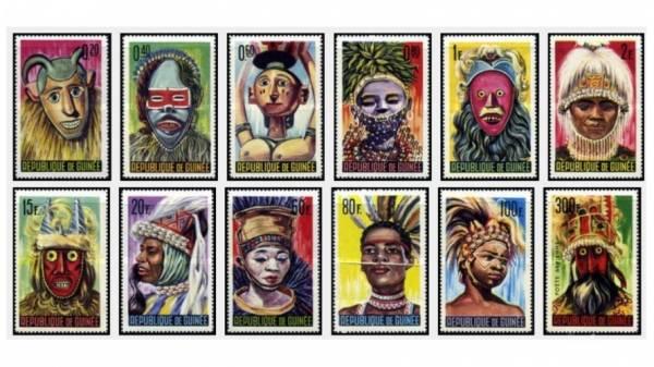 12 عدد تمبر سری ماسک های بومی کشور گینه